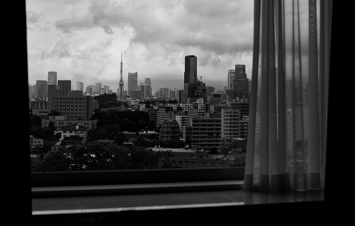 japan-window-scene